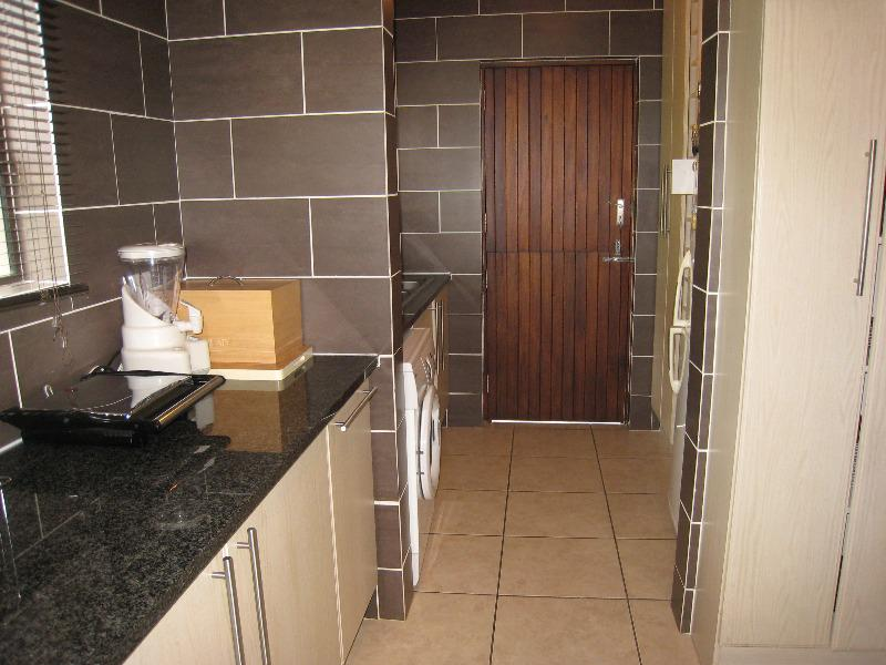 Property For Sale in Kengies, Sandton 8