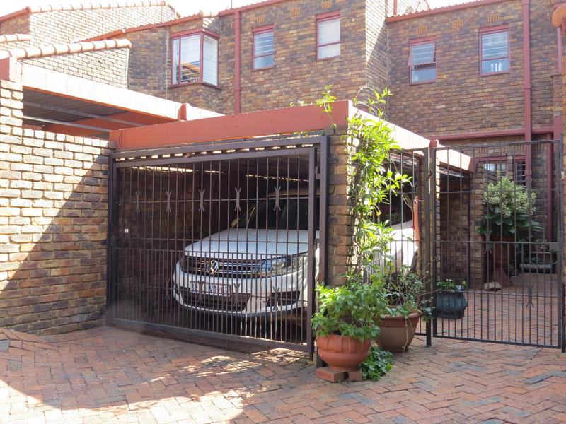 Property For Sale in Strathavon, Sandton 13