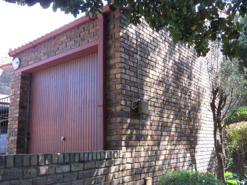Property For Sale in Strathavon, Sandton 12