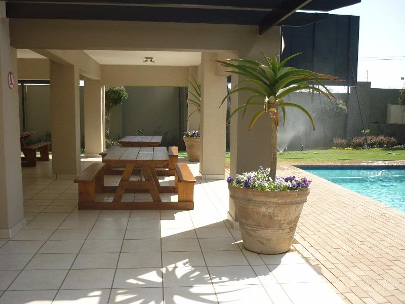 Property For Sale in Douglasdale, Sandton 12