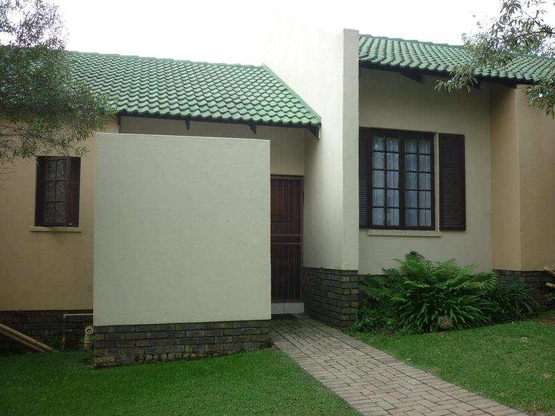 Property For Sale in Paulshof, Sandton 2