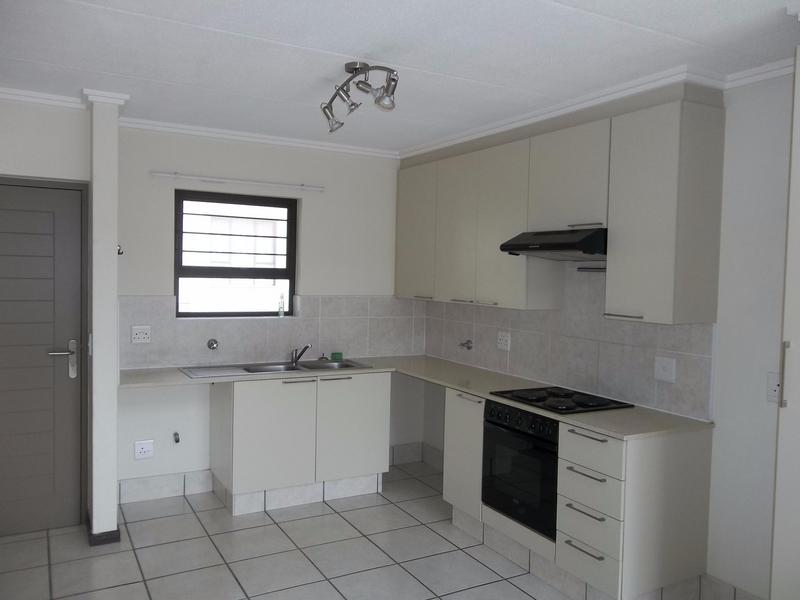 Property For Sale in Paulshof, Sandton 3