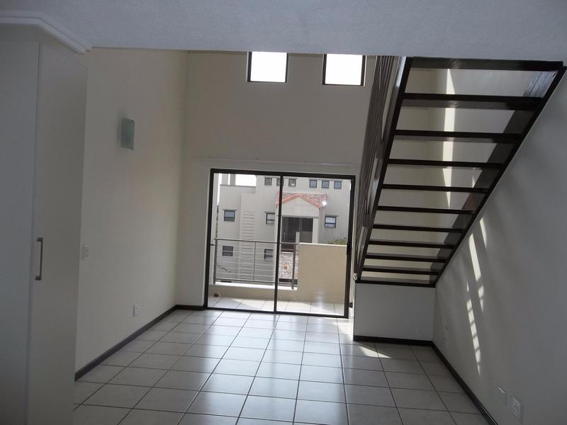 Property For Sale in Paulshof, Sandton 4
