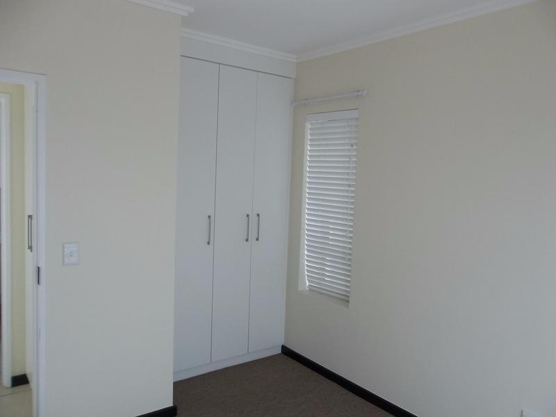 Property For Sale in Paulshof, Sandton 9