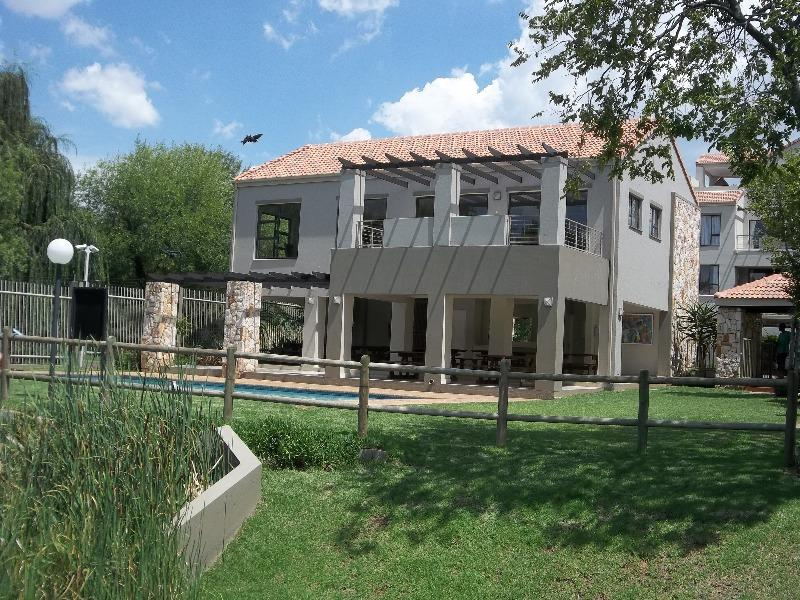 Property For Sale in Paulshof, Sandton 15