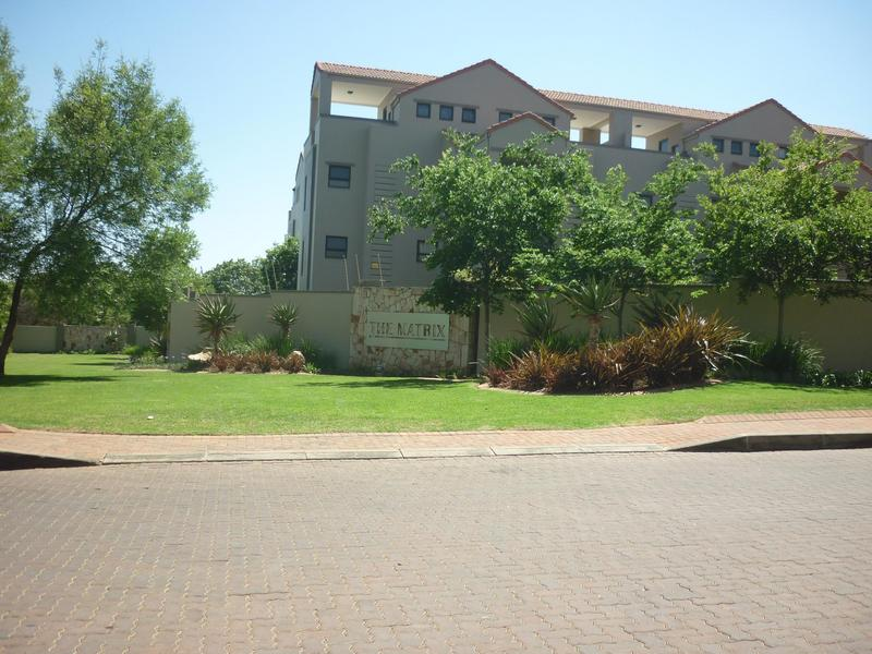 Property For Sale in Paulshof, Sandton 1