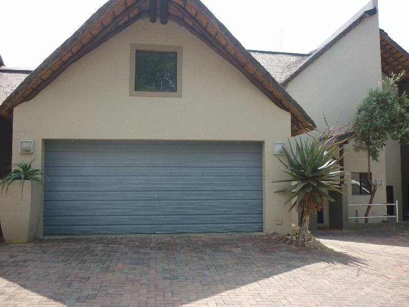 Property For Sale in Douglasdale, Sandton 3