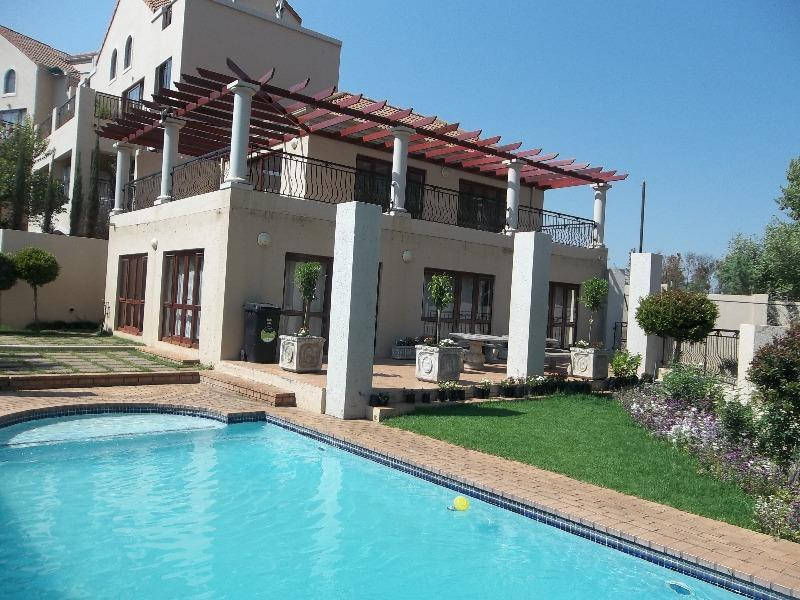 Property For Rent in Sunninghill, Sandton 14