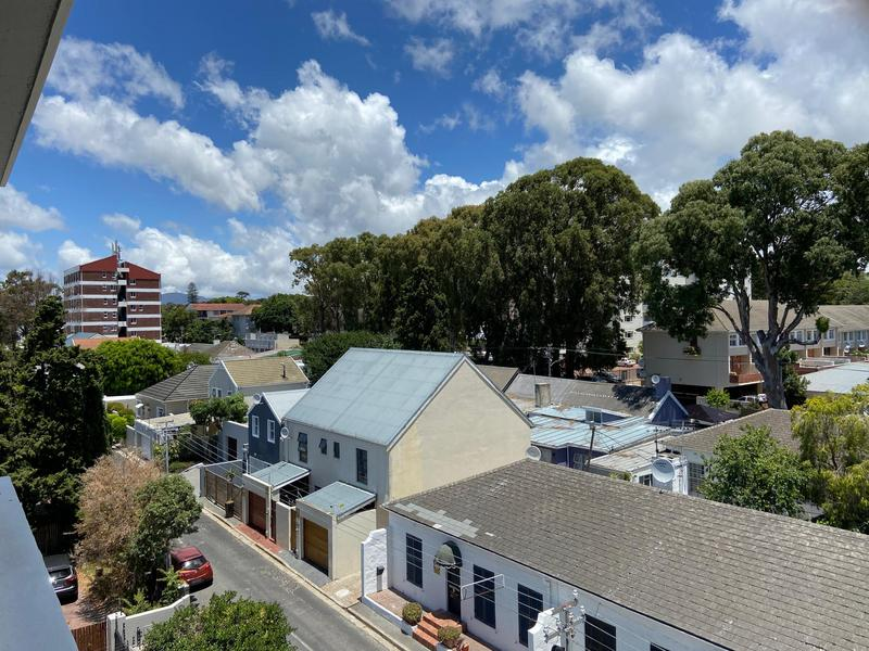 Property For Rent in Kenilworth, Cape Town 11
