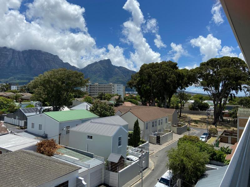 Property For Rent in Kenilworth, Cape Town 13