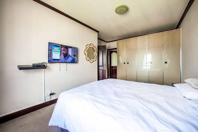 Property For Sale in Fourways, Sandton 9