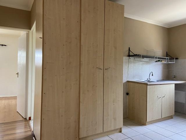 Property For Rent in Parklands, Cape Town 12