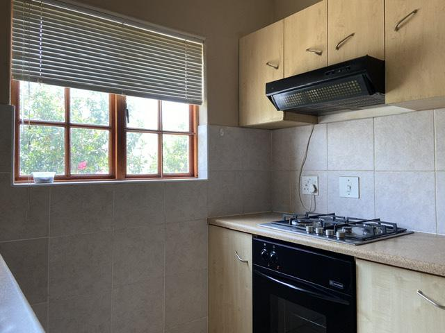 Property For Rent in Parklands, Cape Town 15