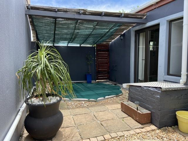 Property For Rent in Parklands, Cape Town 24
