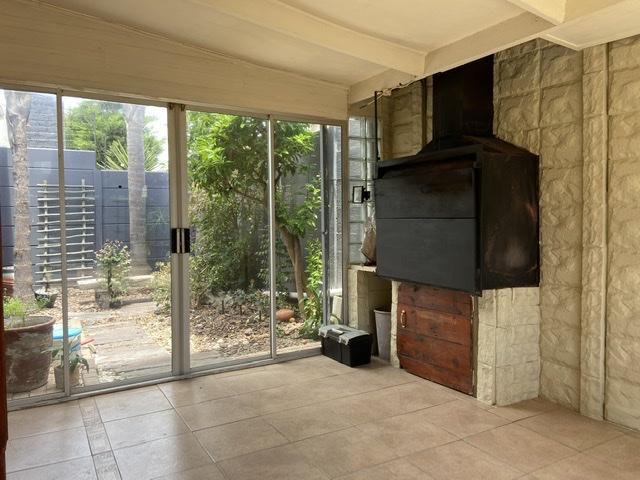 Property For Rent in Parklands, Cape Town 23