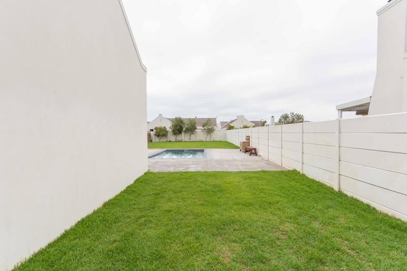 Property For Sale in Sunningdale, Cape Town 4