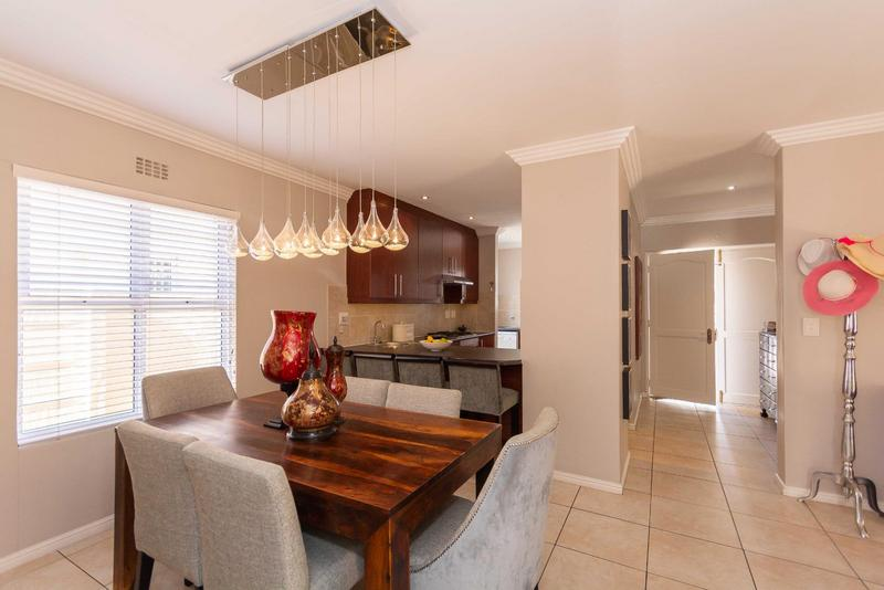Property For Sale in Sunningdale, Cape Town 16