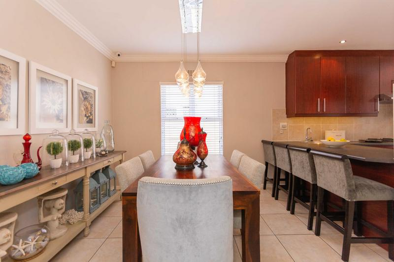 Property For Sale in Sunningdale, Cape Town 19