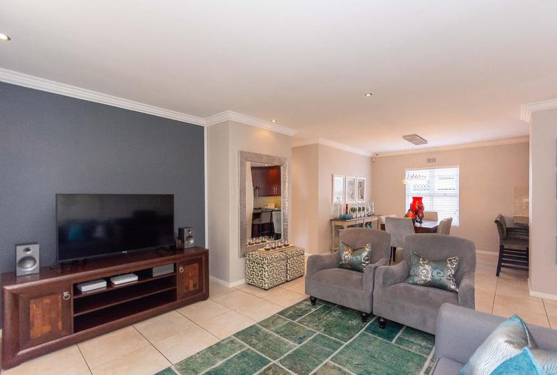 Property For Sale in Sunningdale, Cape Town 24