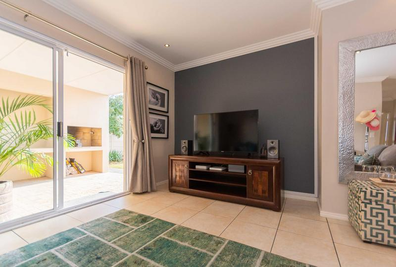 Property For Sale in Sunningdale, Cape Town 22