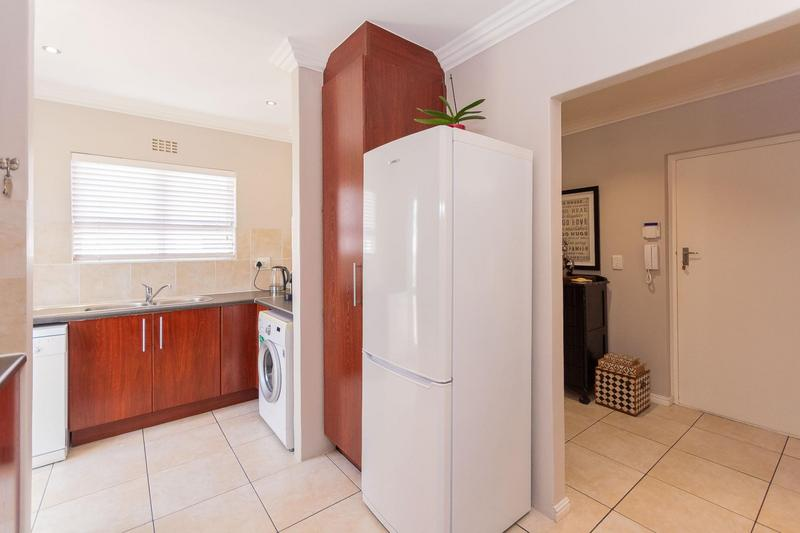 Property For Sale in Sunningdale, Cape Town 27