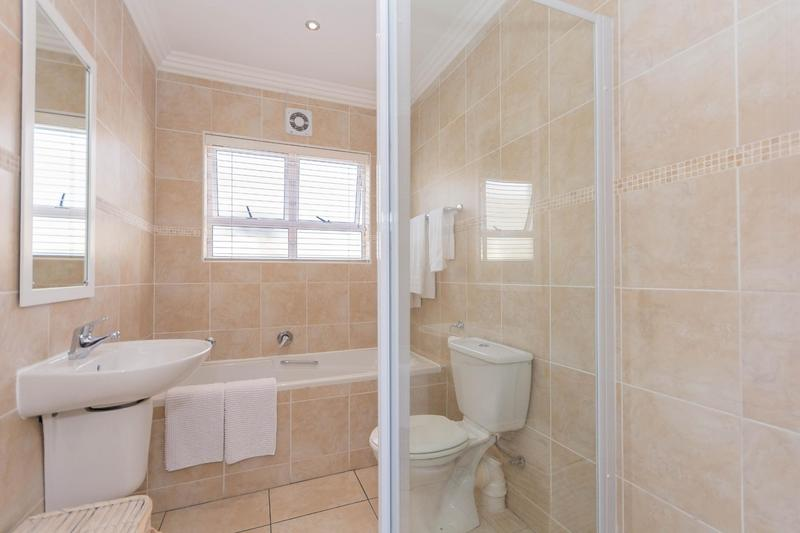Property For Sale in Sunningdale, Cape Town 12
