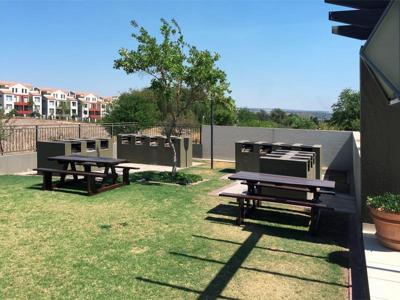 Property For Rent in Craigavon, Sandton 11