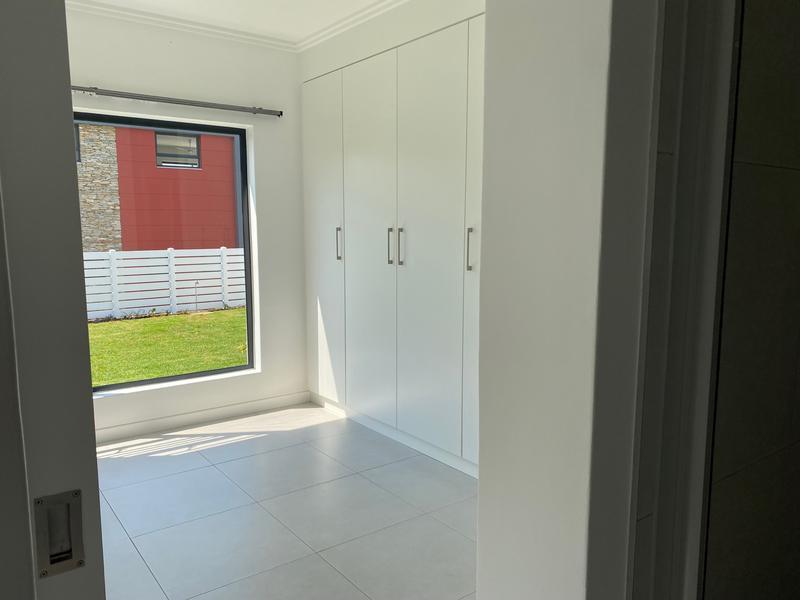 Property For Rent in Beverley, Sandton 13