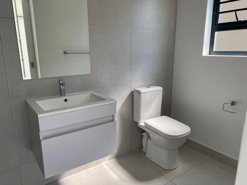 Property For Rent in Beverley, Sandton 11