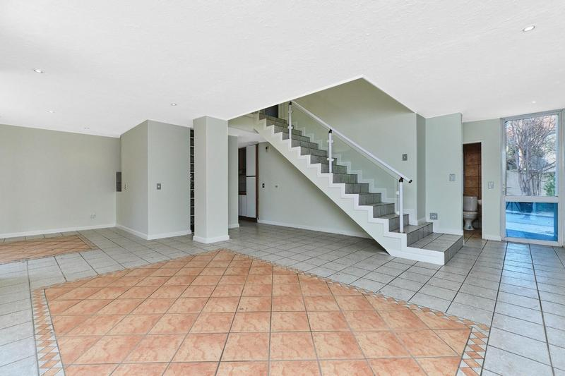 Property For Rent in Dainfern Golf Estate, Dainfern 4