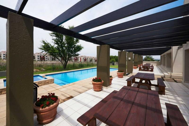 Apartment / Flat For Sale in Fourways, Sandton