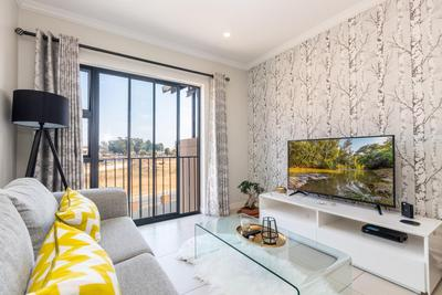 Apartment / Flat For Sale in Wilgeheuwel, Roodepoort