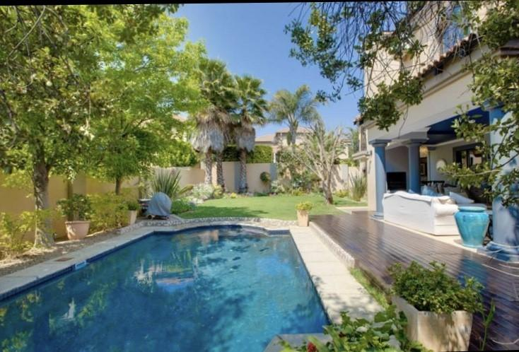 Cluster House For Sale in Bryanston, Sandton