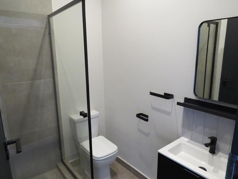 Apartment / Flat For Rent in Sandton City, Sandton