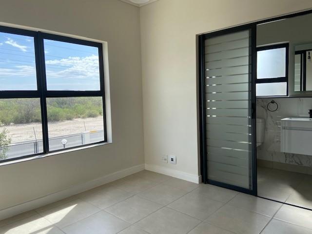 Apartment / Flat For Sale in Sandown, Blouberg