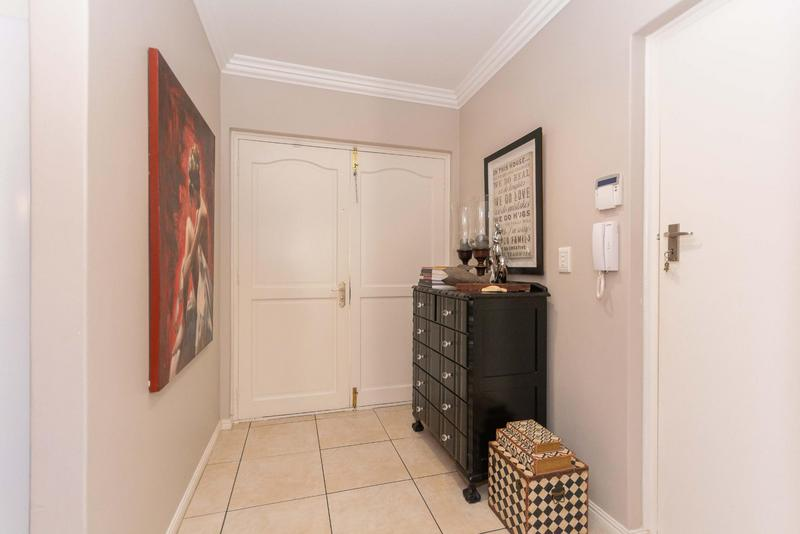 House For Sale in Sunningdale, Cape Town