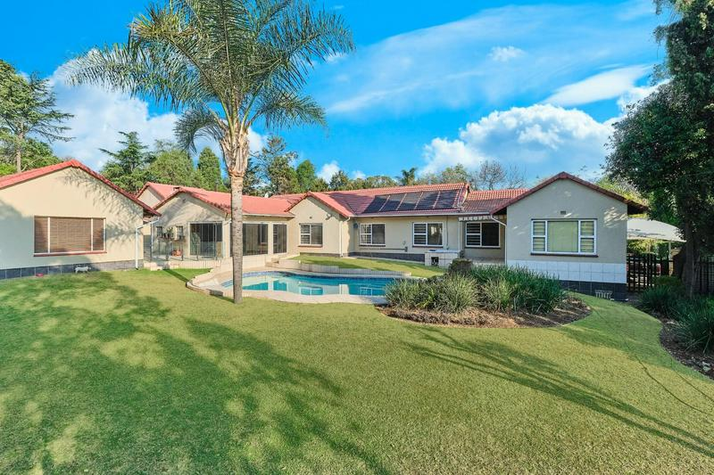 House For Rent in Douglasdale, Sandton